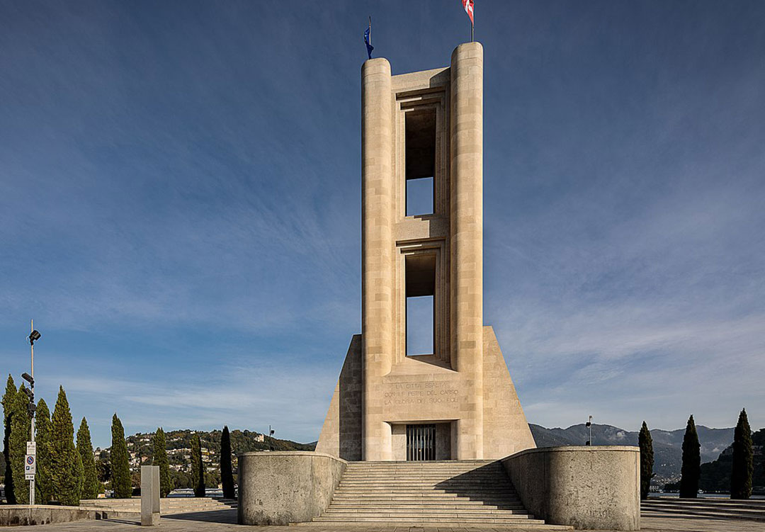 1080px-Monumento_ai_Caduti_Architetto_Giuseppe_Terragni_Como